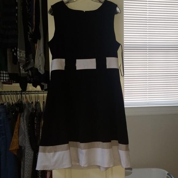 Calvin Klein sleeveless black, white, tan dress